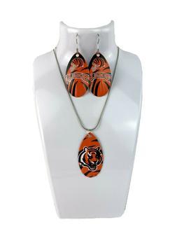 NFL Cincinnati Bengals Team Logo Teardrop Spinner Earrings &